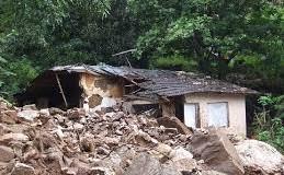 Sri Lanka landslide: 200 buried alive